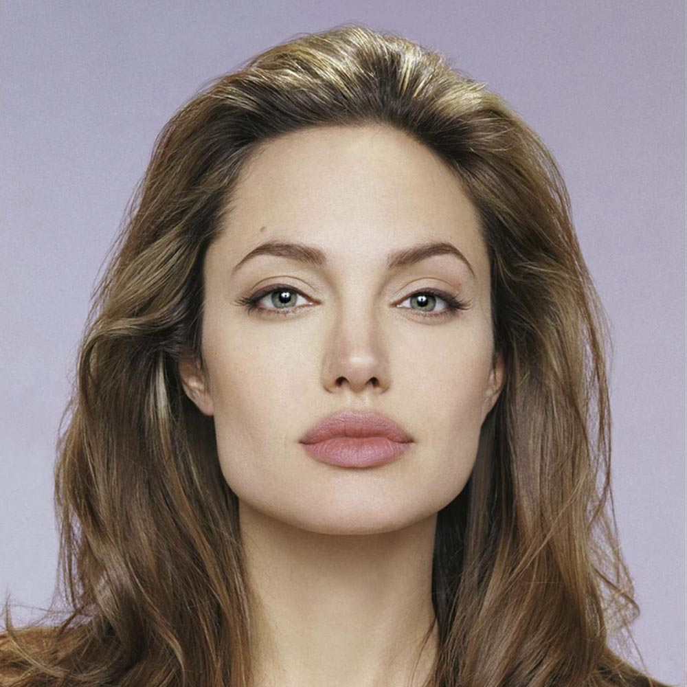 «Я несовершенна». Анджелина Джоли